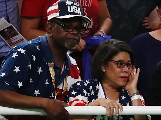 Simone Biles parents watching their daughter performs at Rio Olympics