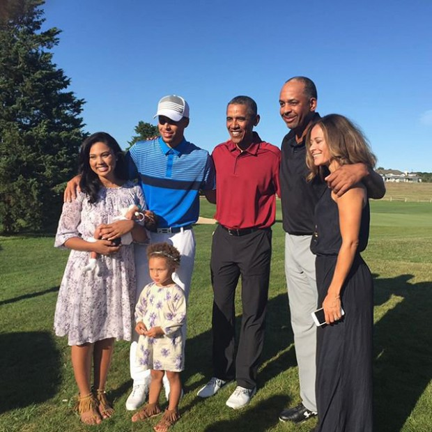 Stephen Curry and his family with Barcak Obama