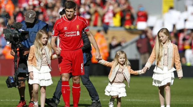 Steven Gerrard and his daughters Lilly-Ella, Lourdes and Lexie during a match