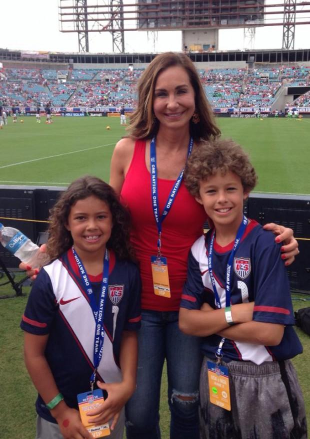 Tim Howard Family, Parents, Children | SuccessStory