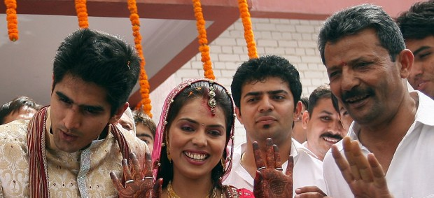 Vijender Singh and his wife on their wedding day