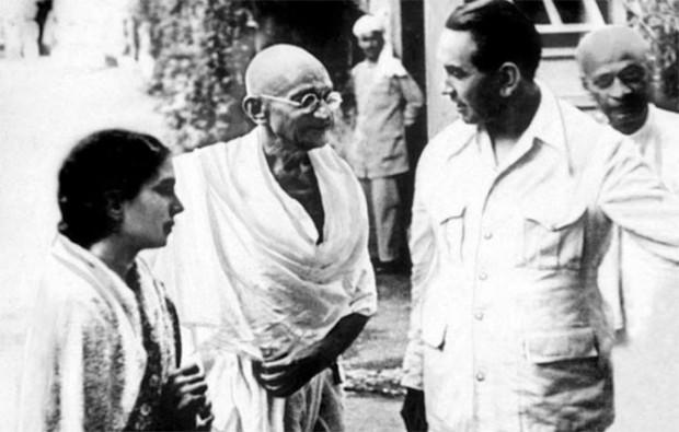Yusuf's Father Khwaja Abdul Hamied with Mahatma Gandhi