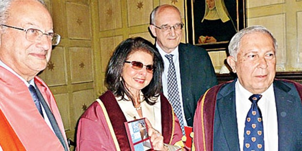 Yusuf Hamied with wife Farida and Sir Leszek Borysiewicz and Lord Sainsbury