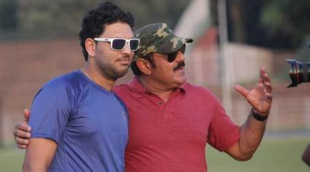 Yuvraj Singh With His Father Yograj Singh