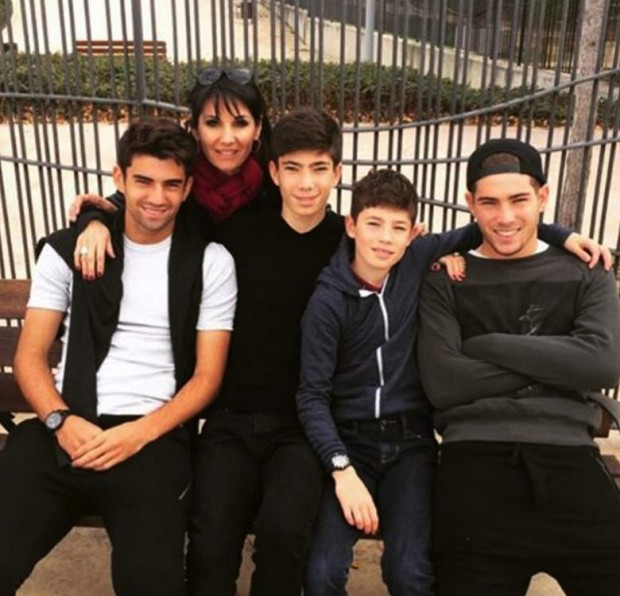 Véronique Zidane with her sons