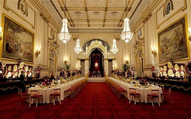 Dinner Room Inside The Buckingham Palace