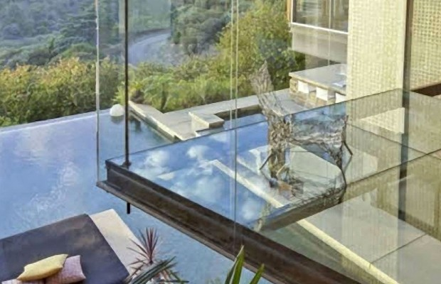 Complete Glass Balcony