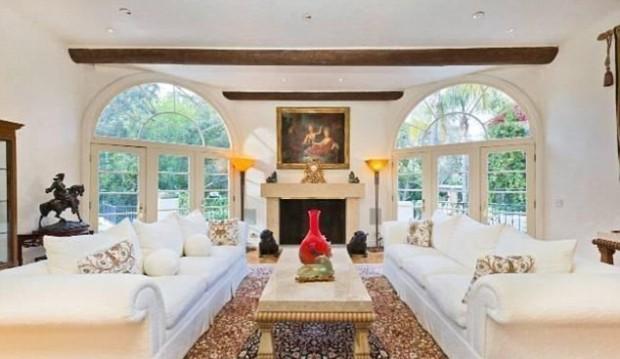 Arnold Schwarzenegger Living Room