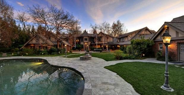 Britney Spears House Overlook