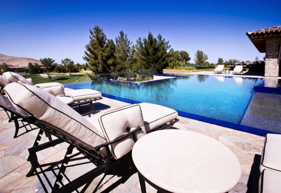 Floyd Mayweather Beautiful Pool Landscape