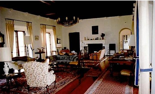 Inside of Woodside Mansion