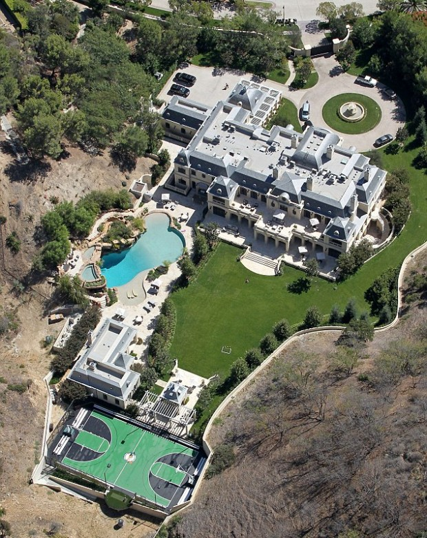 Complete View of Mark's Mansion