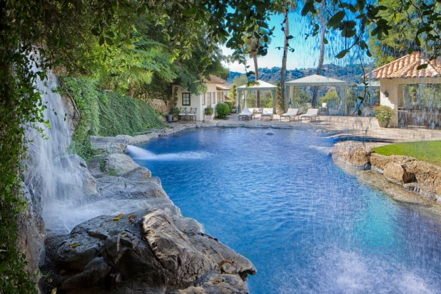 Paradise Pool in Beverly Hills House
