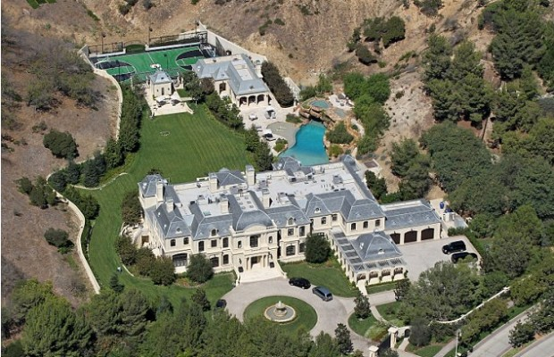 Mark's Mansion Tells you How Would be The Life Style of Hollywood Stars