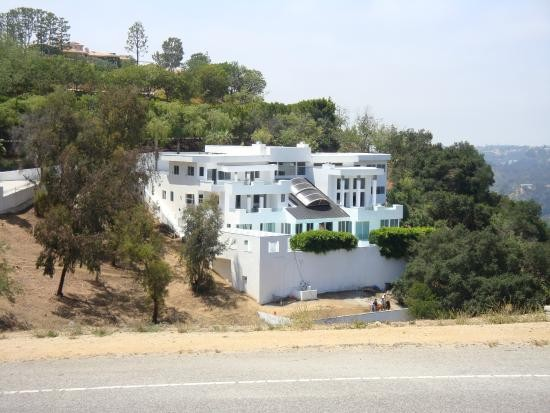 Quentin Tarantino Mansion