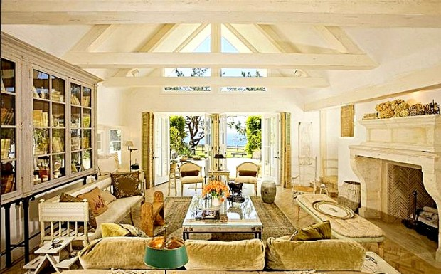 Robert Downy Jr Ranch Style Home