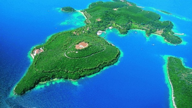 Armani bought Skorpios Island for $190 Million