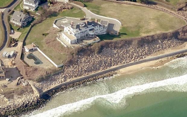 Taylor Swift  House in Rhode Island