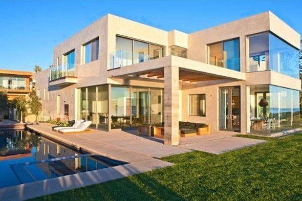 Victoria Beckham Malibu House
