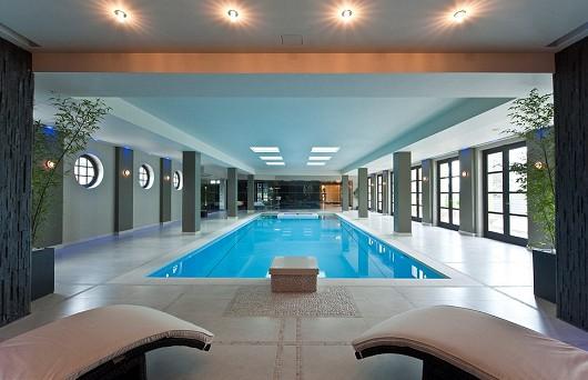 Swimming pool in Folorunsho house