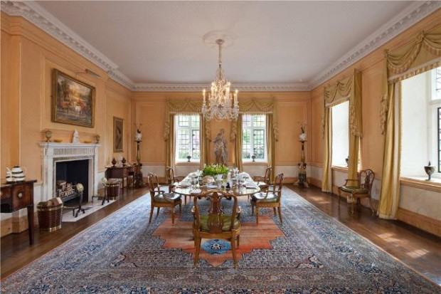 Dining room in the Beckham's house