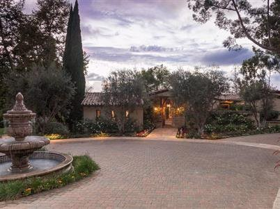 Gateway of Phil Mickelson's House