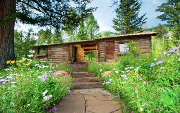 Cabin in Christy Walton Home