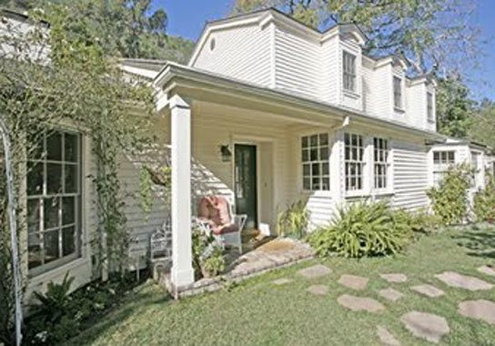 Taylor Swift  House In Beverly Hills