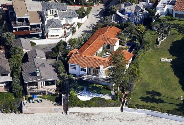 An Aerial View of Mitt Romneys  Home in California