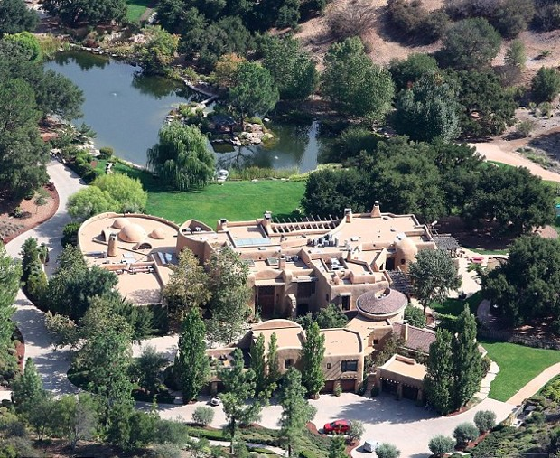 Jaden smith house mansion home successstory jaden smith house calabasas voltagebd Image collections