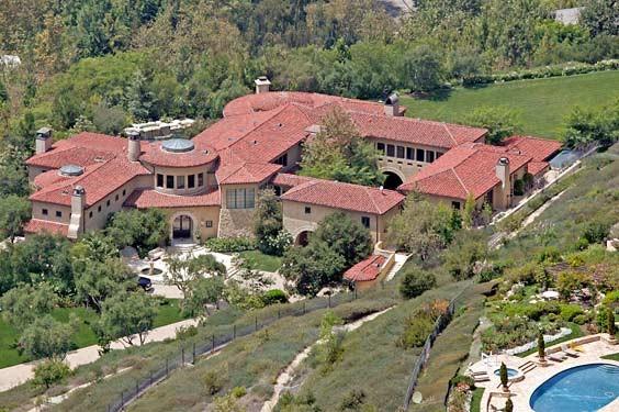 Arnold Schwarzenegger Home