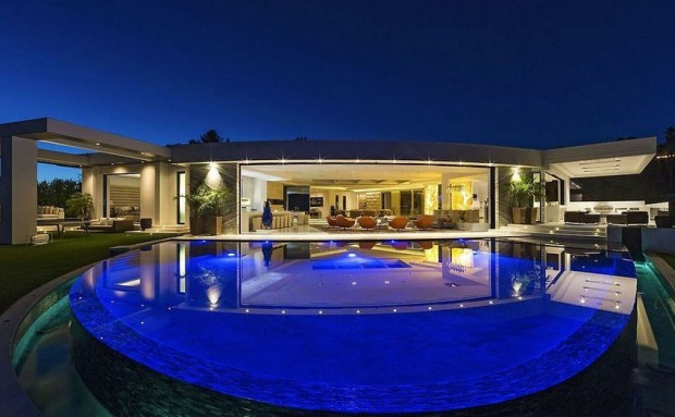 Markus Persson House