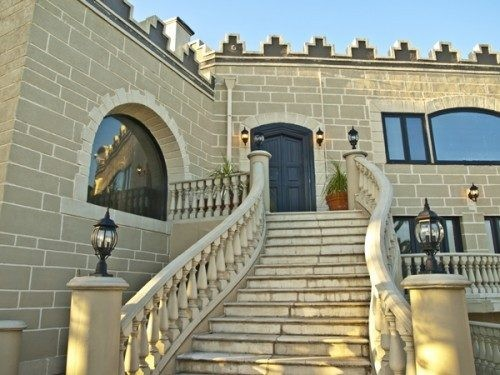 1928 castle in the hills of the Los Feliz district of Los Angeles