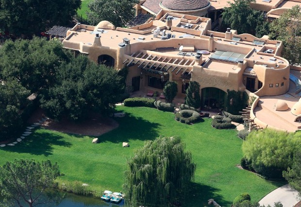Jaden smith house mansion home successstory jaden smith house closer look voltagebd Image collections