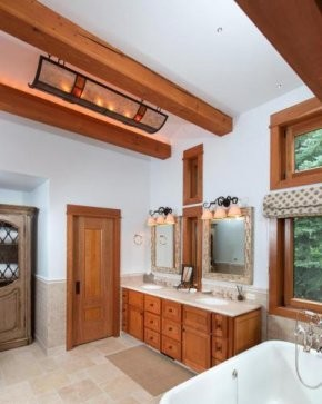 Christy Walton Home Bathroom