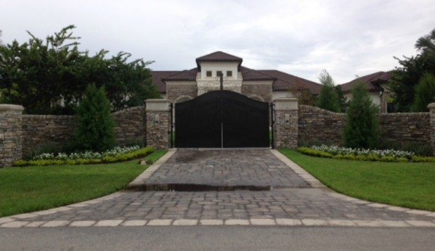 Gate Way For Dwayne Johnson House