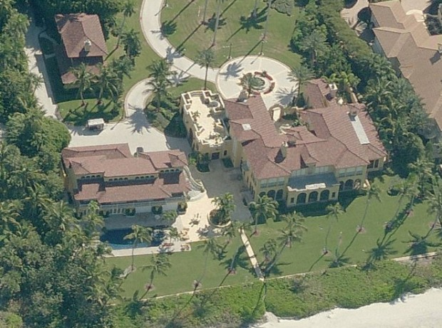 Howard Schultz's Mansion