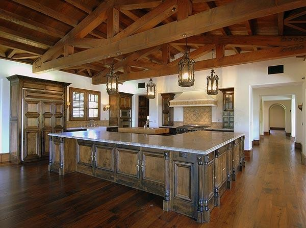 Kitchen in Phil Mickelson's House