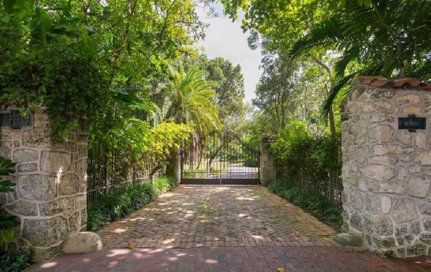 Gateway of Adam Sandler Miami House
