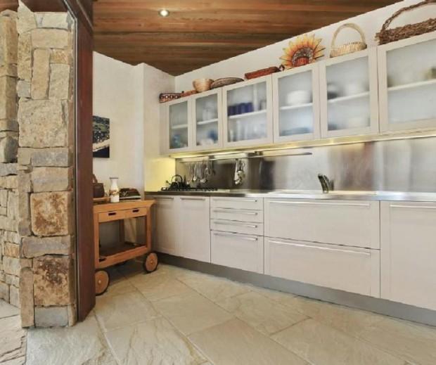Kitchen in Vin Diesel house
