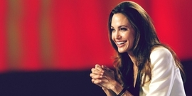 Angelina Jolie Pitt Photos