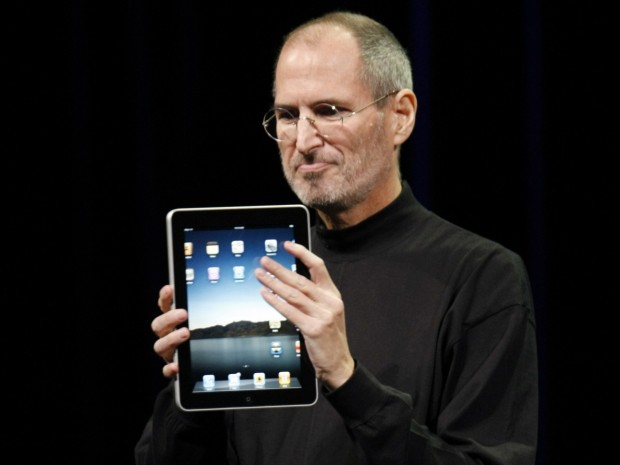 Steve Jobs Showing Apple Tab