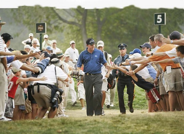 Phil greeting Fans at 2005 PGA Championship