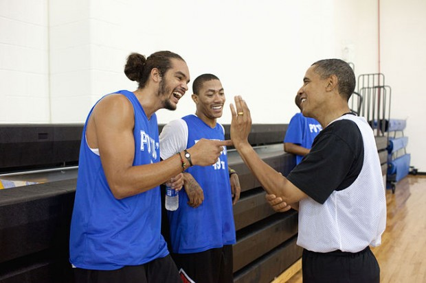 Joakim Noah and Derrick Rose with Barack Obama