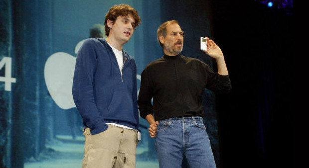 John Mayor with Steve Jobs during Ipod presentation