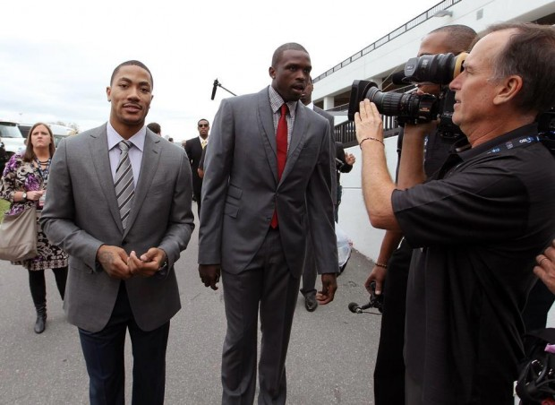 Derrick Rose with Luol Deng