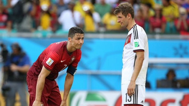Muller with CR7