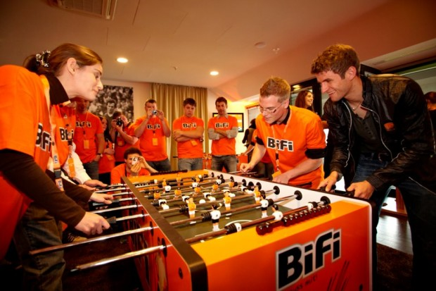 Thomas Muller playing table football