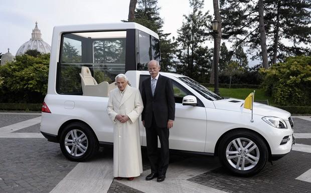 Dieter Ztesche with Pope Benedict XVI
