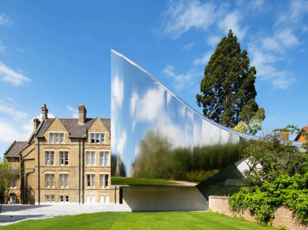 Zaha Hadid Mark's On University of Oxford